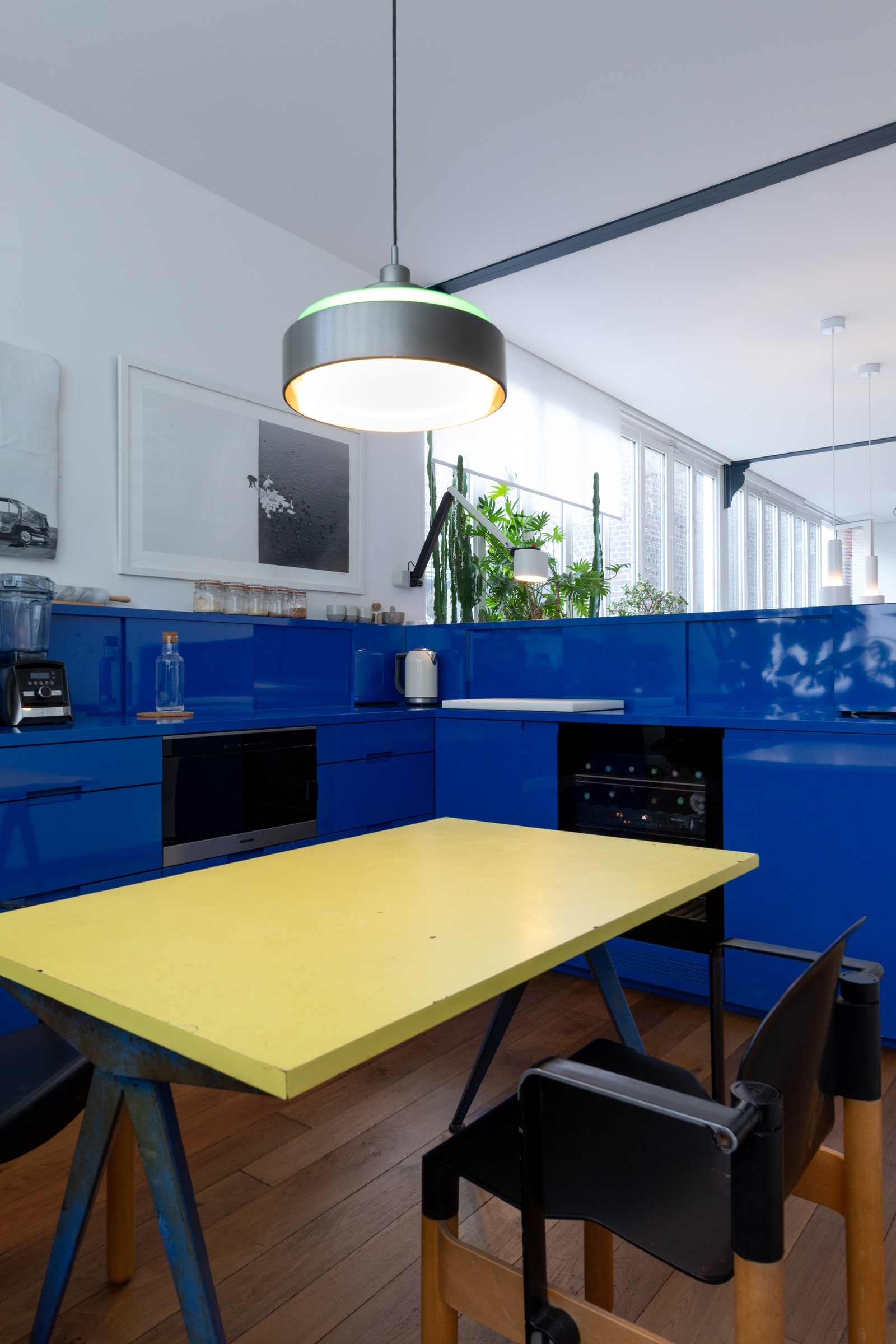 In his shiny cobalt kitchen Yoann frequently cooks pasta for his crew.